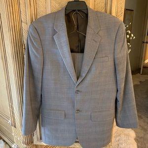 Men's 2 pc Alfani Suit Grey Glen Check style 38R